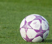 Lila Fußball