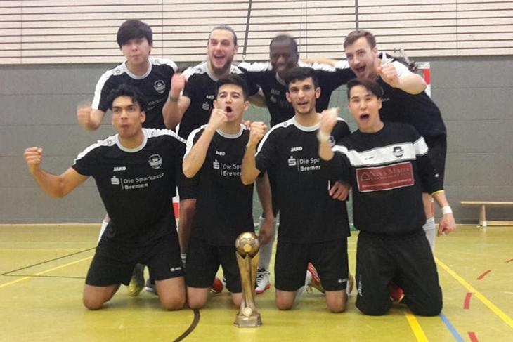 Jubel beim FC Riensberg über den Pokalsieg. (Foto: privat)
