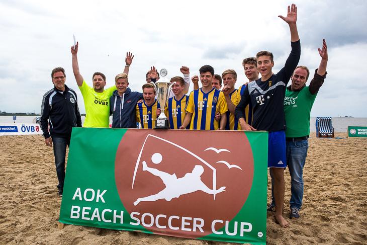 Sieger des AOK Beachsoccer Cups 2016: Der VfL 07 Bremen. (Fotos: Sven Peter - spfoto.de)