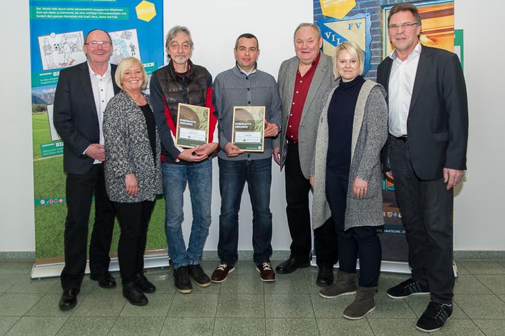 Fred de Vries (3.v.l.) und Sabri Mrad (m.) wurden mit einem Sonderpreis ausgezeichnet. (Fotos: Oliver Baumgart)