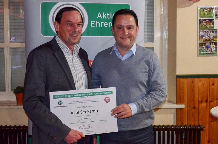 Axel Seekamp (l.) freute sich über den Besuch von Holger Franz. (Foto: privat)