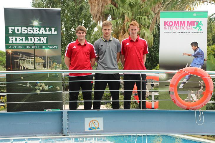 Jonas Jütten (l.), hier mit Referent Lucas Horsch (m.) und Patrick Nadolski.
