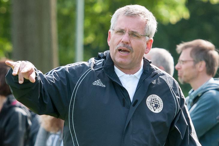 BFV-Trainer Udo Krüger zeigte sich mit den Leistungen seiner Schützlinge zufrieden. (Foto: Oliver Baumgart)