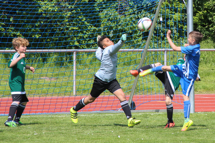 Die SVGO Bremen und der 1. FC Burg trafen in der Vorrunde aufeinander. (Fotos: Ralf Krönke)