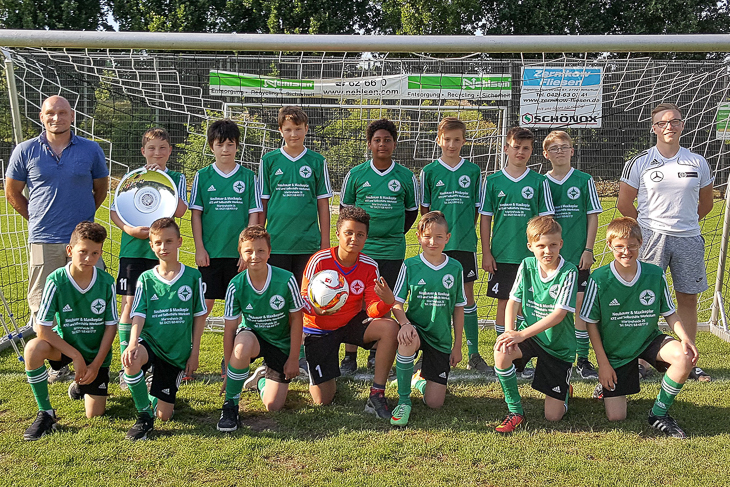Die D3-Junioren des 1. FC Burg holten in ihrem Finale den Titel. (Fotos: Karten Wolf)