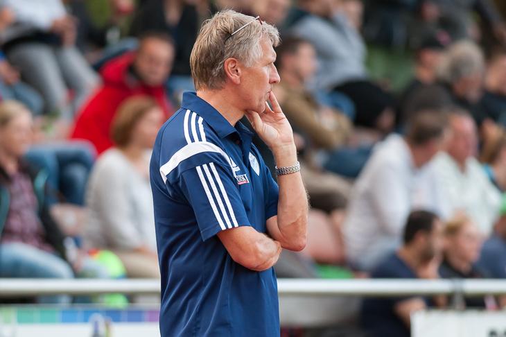 Brinkums Trainer Walter Brinkmann hofft auf einen Sieg gegen die BTS Neustadt. (Foto: Oliver Baumgart)