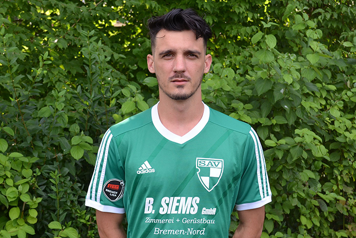 Damir Begic musste sich mit der SG Aumund-Vegesack dem FC Oberneuland geschlagen geben. (Foto: Holger Franz)