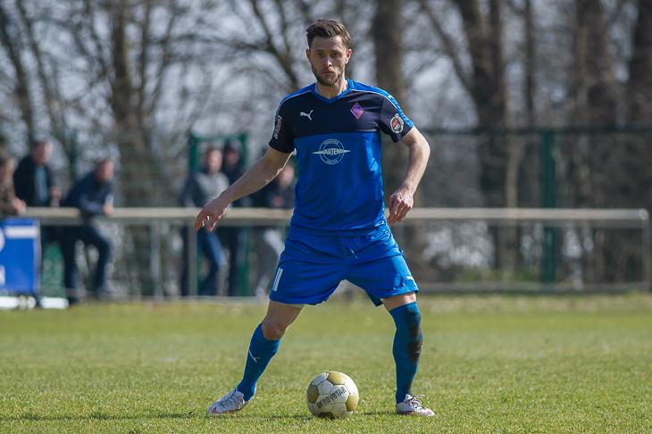 Vinzenz van Koll empfängt mit dem Blumenthaler SV den Bremer SV am Burgwall. (Foto: Oliver Baumgart)