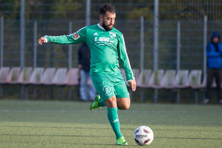 Firas Tayari muss mit der SG Aumund-Vegesack beim Brinkumer SV ran. (Foto: Oliver Baumgart)