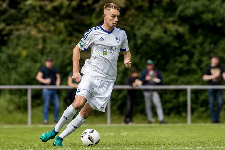 Bundeswehr-Nationalspieler Jan-Niklas Kersten muss mit der Leher TS beim Habenhauser FV ran. (Foto: dgphoto.de)