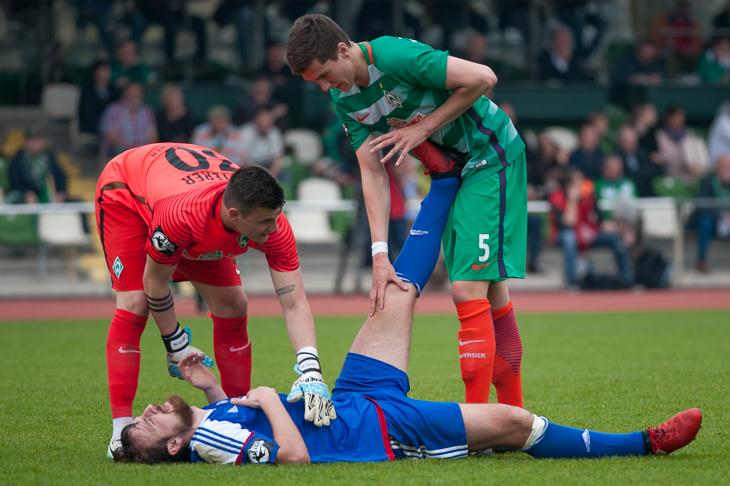 Verletzungen gehören im Fußball leider dazu. (Foto: Oliver Baumgart)