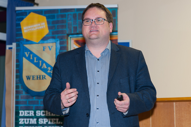 BFV-Präsident Björn Fecker forderte eine höhere Wertschätzung für das Ehrenamt ein.