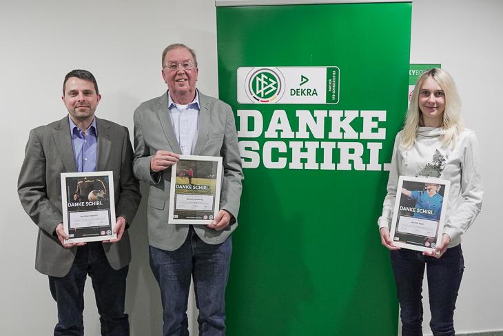 """Die drei Landessieger für die """"Danke Schiri""""-Ehrung: (von links) Kai Siebrecht, Michael Schwiering und Jennifer Müller. (Foto: David Dischinger)"""
