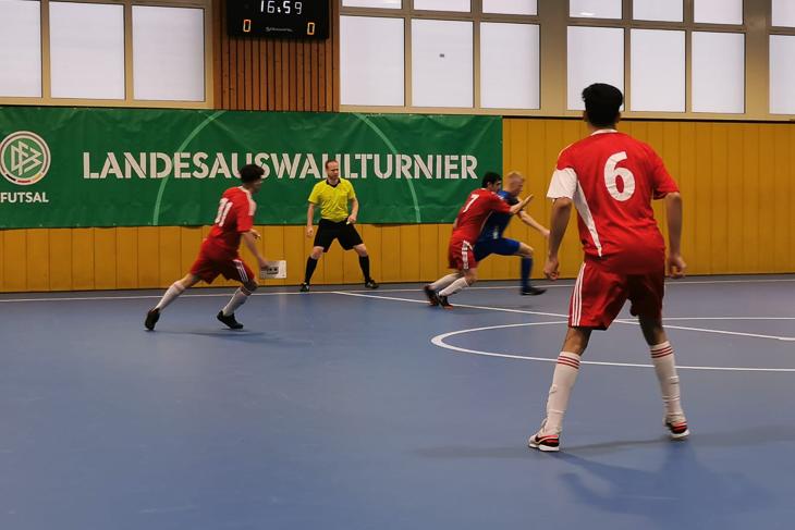 Im ersten Spiel gegen das Saarland schrammte die BFV-Auswahl nur knapp an einem Sieg vorbei. (Foto: privat)