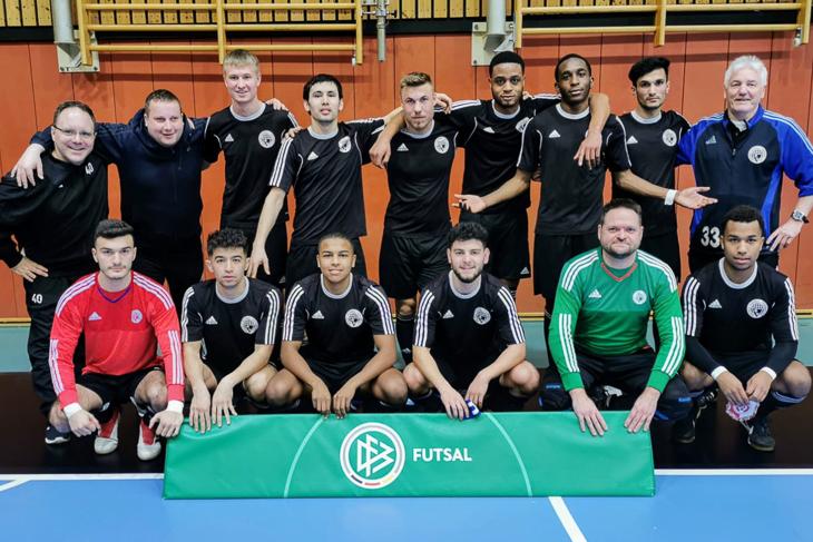 Dieses Team vertrat den Bremer Fußball-Verband beim DFB-Futsal-Sichtungsturnier in Duisburg. (Foto: privat)
