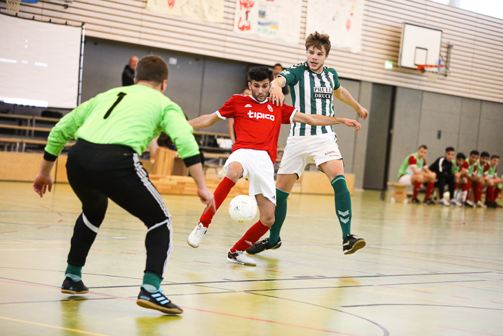 Spielszene des Topspiels zwischen Woltmershausen I und dem VfL Oldenburg. (Foto: Fred Michalsky)
