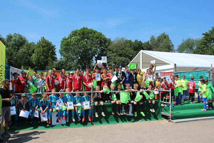 Das waren die Teams der unteren F-Jugend. (Foto: Ralf Krönke)