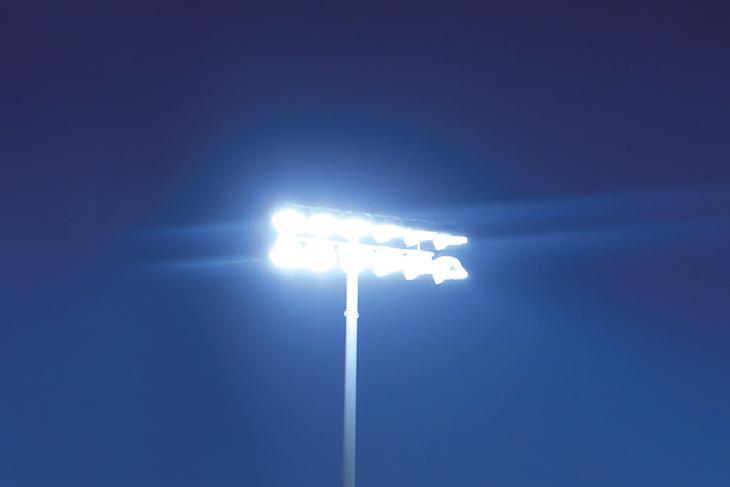Ohne ein verlässlich funktionierendes Flutlicht ist kein geregelter Trainings- oder Spielbetrieb möglich. (Foto: PRAML)
