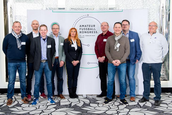 Die BFV-Delegation in Kassel. Andreas Iversen Jens Dortmann, Gerrit Süßmann, Henry Bischoff, Stefanie Schäfer, Axel Zielinski, Holger Franz, Björn Fecker und Matthias Schmit (v.l.). (Foto: Getty Images)