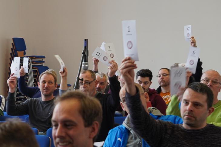 Die Delegierten stimmten einstimmig für die neue Satzung. (Foto: David Dischinger)