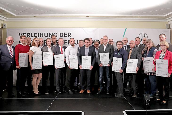 Jetzt für die Verleihung einer Sepp-Herberger-Urkunde bewerben. (Foto: Sepp-Herberger-Stiftung)