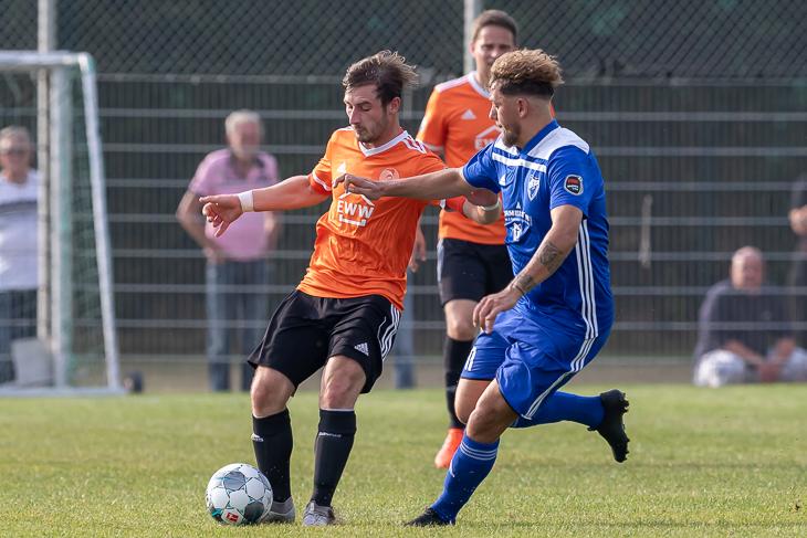 Bei der Saisoneröffnung 19/20 der Bremen-Liga setzte sich SFL Bremerhaven gegen den Stadtrivalen LTS Bremerhaven mit 4:2 durch. (Foto: Oliver Baumgart)