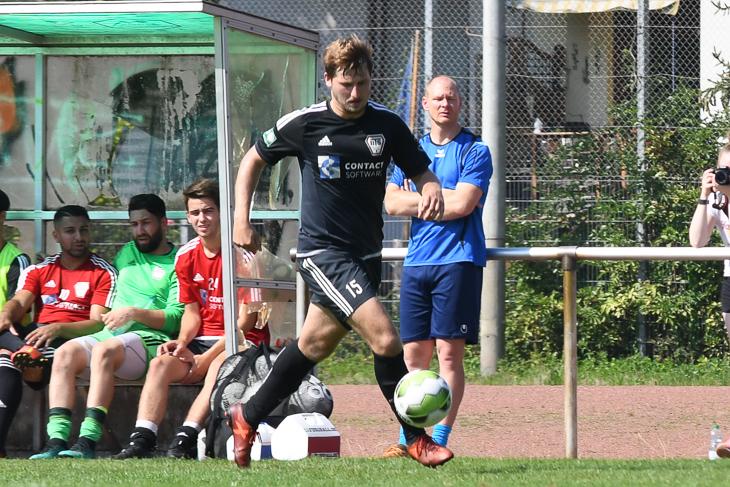 Neustadts Marvin Warner hofft gegen Hastedt auf einen Sieg. (Foto: Olaf Lücke)