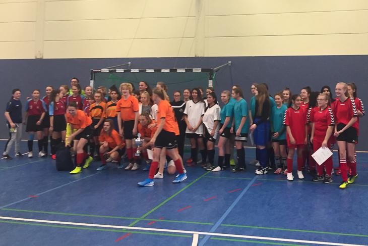 Die Mädchen hatten Spaß beim Futsalturnier. (Foto: Shannon Görke)