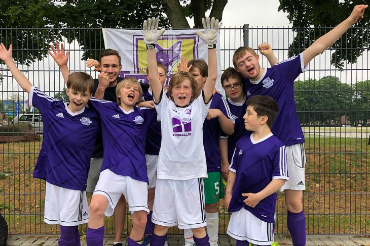 Das inklusive Team der SG Findorff beim FußballFreunde-Cup Nord. (Foto: privat)