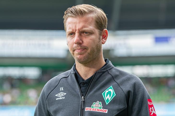 Werder-Trainer Florian Kohfeldt lost die Gruppen aus. (Foto: Oliver Baumgart)