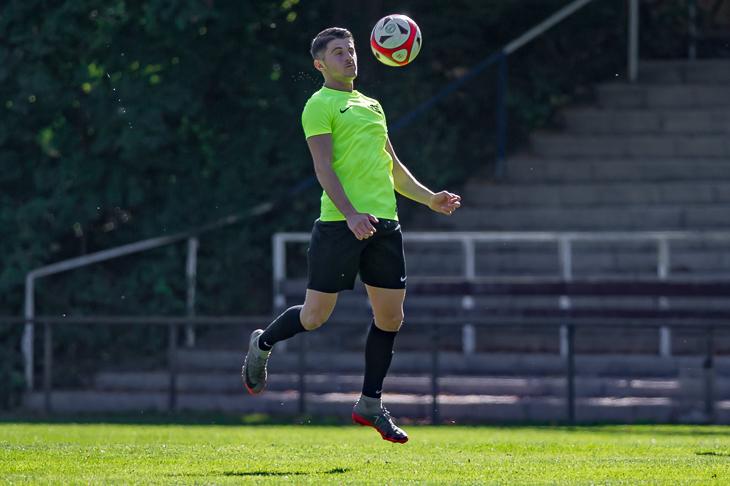 Glen Saja will mit dem KSV Vatan Sport gegen Habenhausen wichtige Punkte einfahren. (Foto: Oliver Baumgart)