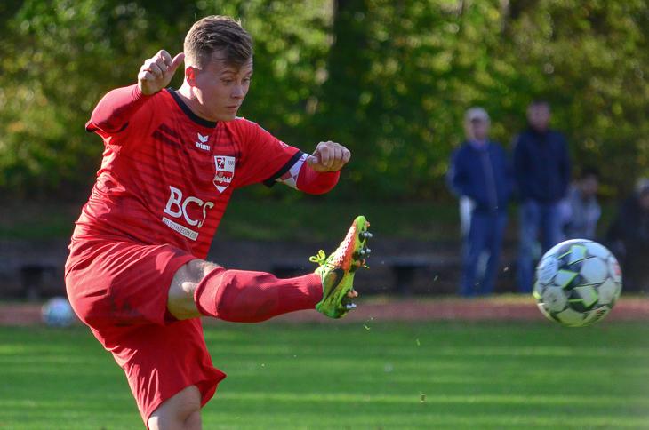 Seine Einwechslung konnte die Niederlage nicht abwenden: Marc-Patrick Tietjen vom SC Borgfeld. (Foto: Olaf Lücke)