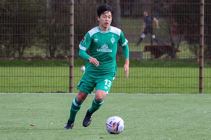 Sora Terada muss mit Werders U 21 in Schwachhauaen ran. (Foto: Olaf Lücke)