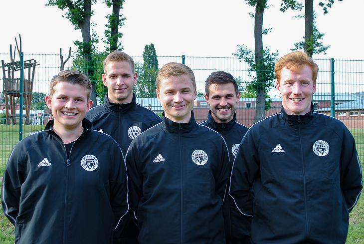 Niklas Hunold, Dennis Beuße, Marvin Bluhm, Janis Rotermel und Sören John sind die fünf Neuen in der Bremen-Liga. (Foto: privat)
