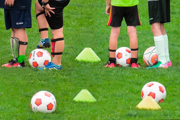 Neue Spielformen im Kinderfußball sind nur ein Themenschwerpunkt des Jugendfußball-Kongresses. (Foto: Pixabay)