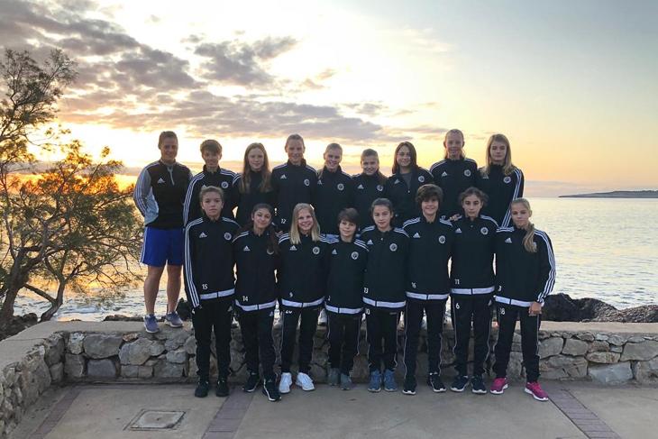 Die U 14-Mädels auf spanischen Insel Mallorca. (Foto: Ulrike Geithe)