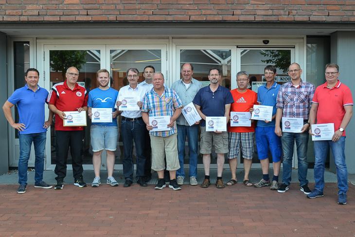 Auch die Vereine in Bremen-Nord freuten sich über die Gutscheine. (Foto: Manfred Niekamp)