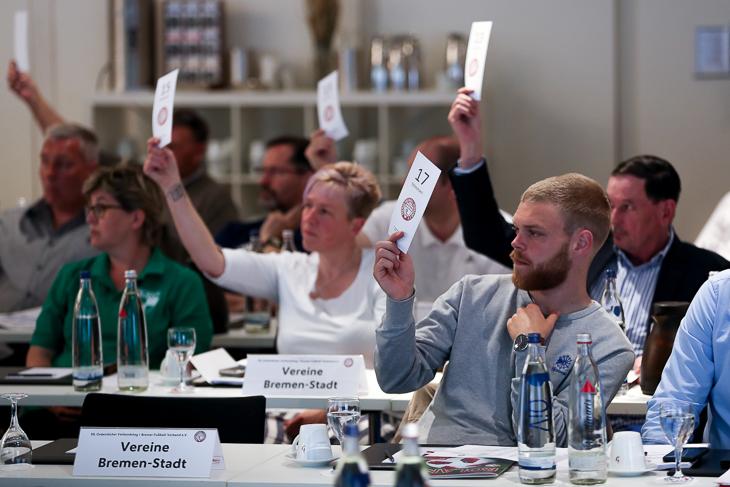Die Delegierten stimmten für die Einführung eines Jugendbeirats. (Foto: Sven Peter - spfoto.de)